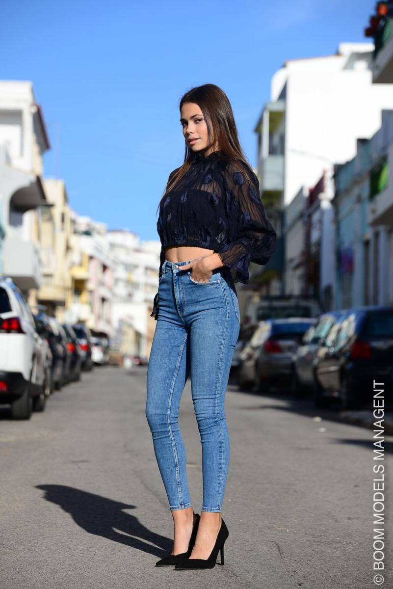 Camila 258