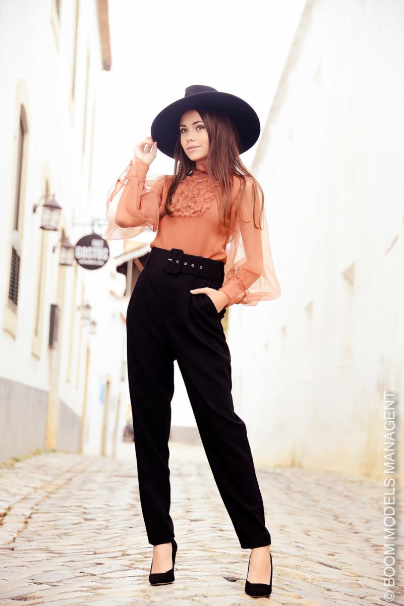 Camila 685
