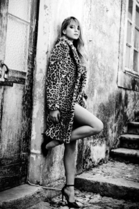 Betina Bechkova 19